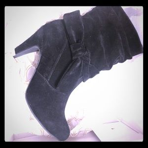Venus Black Slouchy Knot Boots-NEW